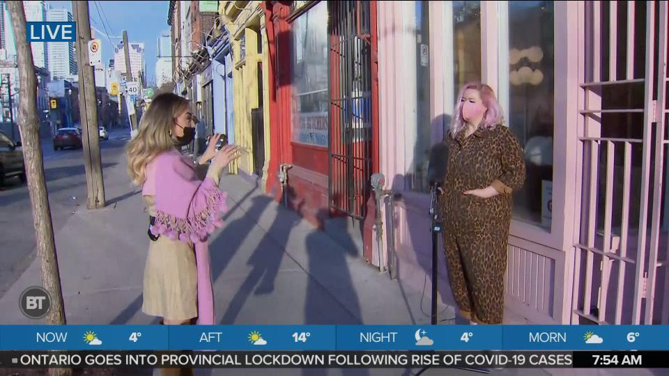 Nicole is LIVE at the Apartment Life Vintage Store (1 of 1)