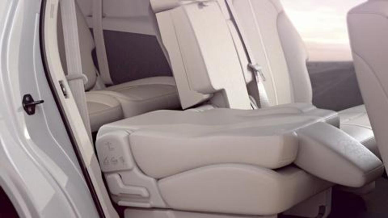 2nd And 3rd Row Seats Vehicle Features Video Official Lincoln Owner Site
