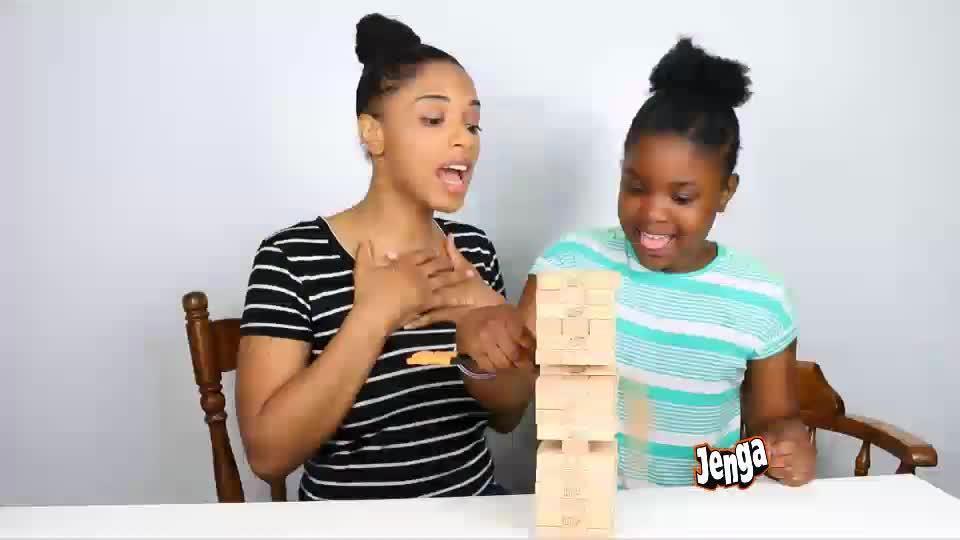 Oyunlar için yeni fikirler! Twister+Yastık, Jenga+Çubuk