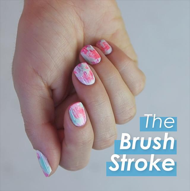 How to: Brushstroke nail art