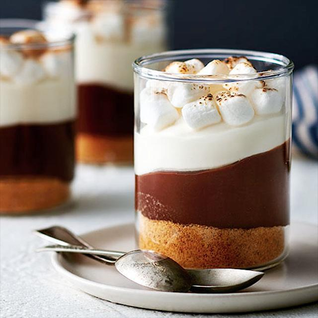 How to make  mini mason jar s'more trifles
