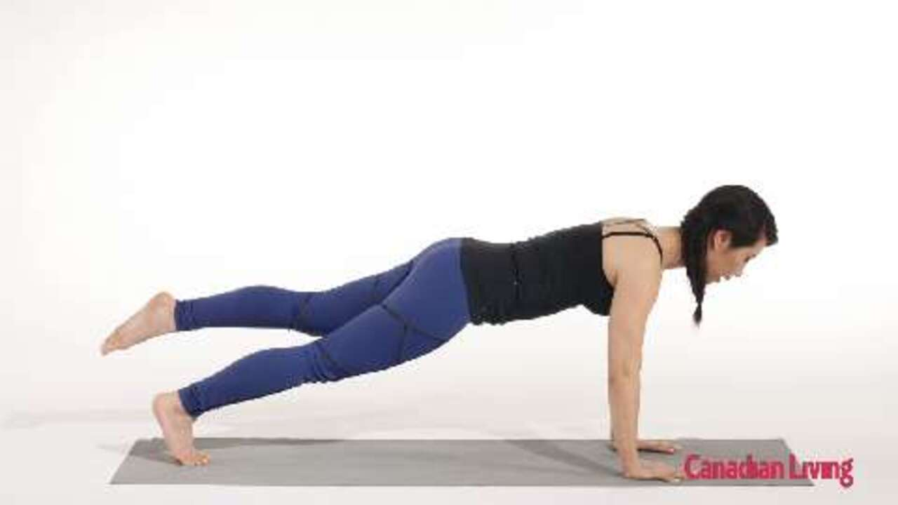Plank with single-leg tap: A core-strengthening move