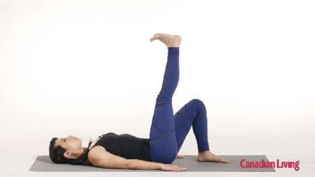 Triple leg kick: A core stabilizing exercise