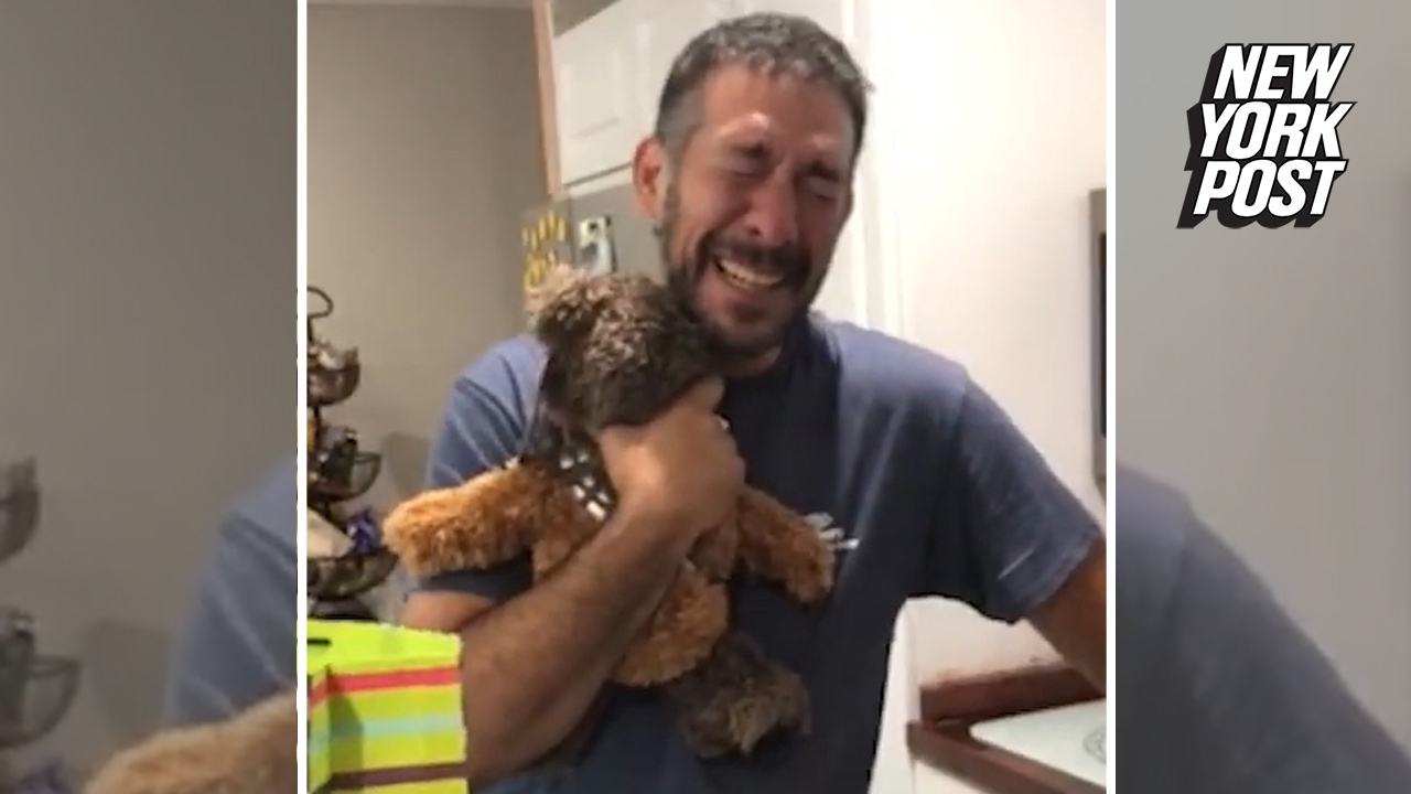 Dad finds out he's a grandpa with sweet teddy bear surprise