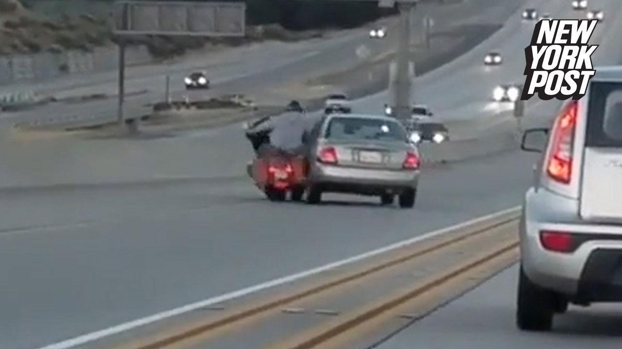 Biker's road rage causes massive highway accident | (video) New York