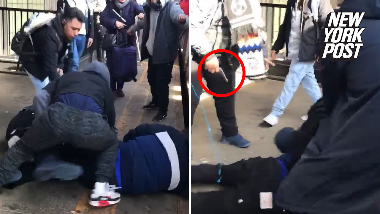 Disturbing daytime subway shooting in Queens caught on video