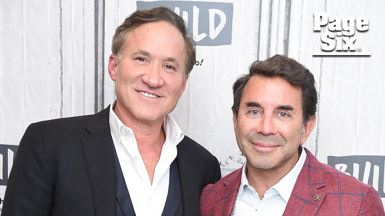Dr. Terry Dubrow reviews his 'Botched' costar's facelift