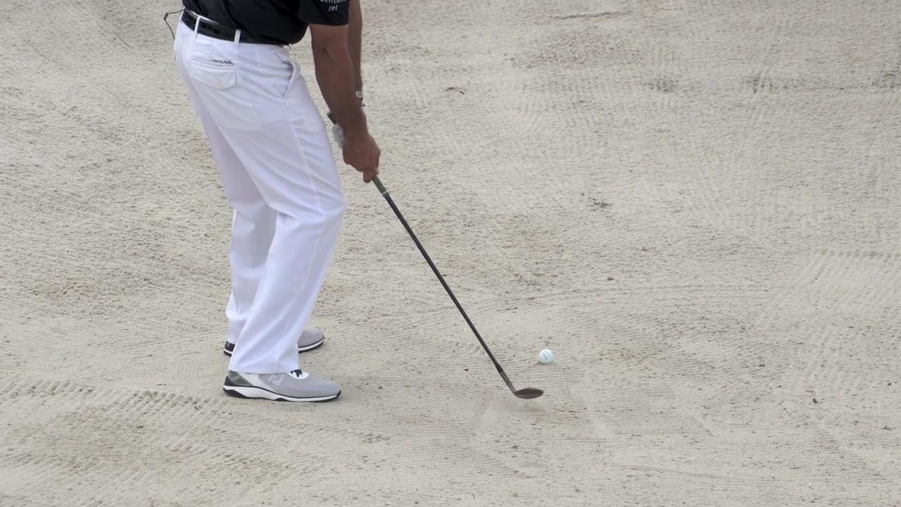 Golf tips: Simple drill for a dominant bunker game
