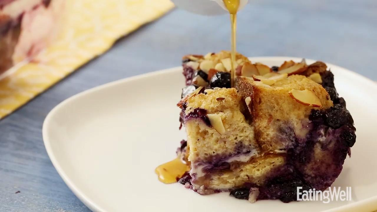 How to Make Overnight Blueberry-Almond French Toast ...
