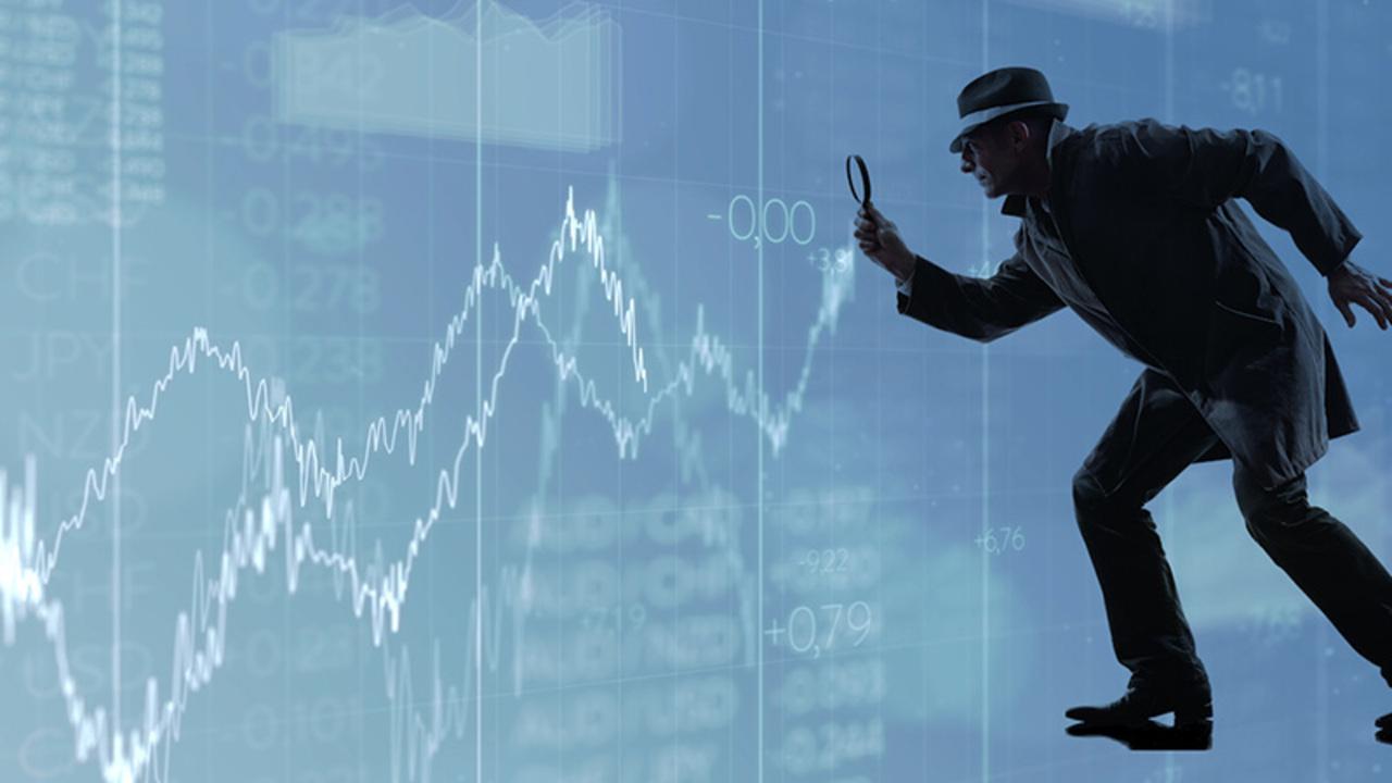 Один курьёз, который часто встречается вблизи вершин фондового рынка (перевод с elliottwave com)