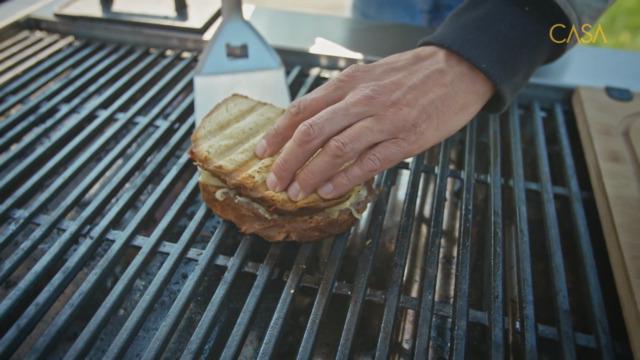 Grilled cheese au rôti de bœuf