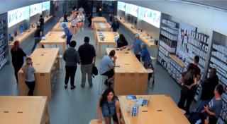 Apple Store thieves run off with $27K in phones, laptops