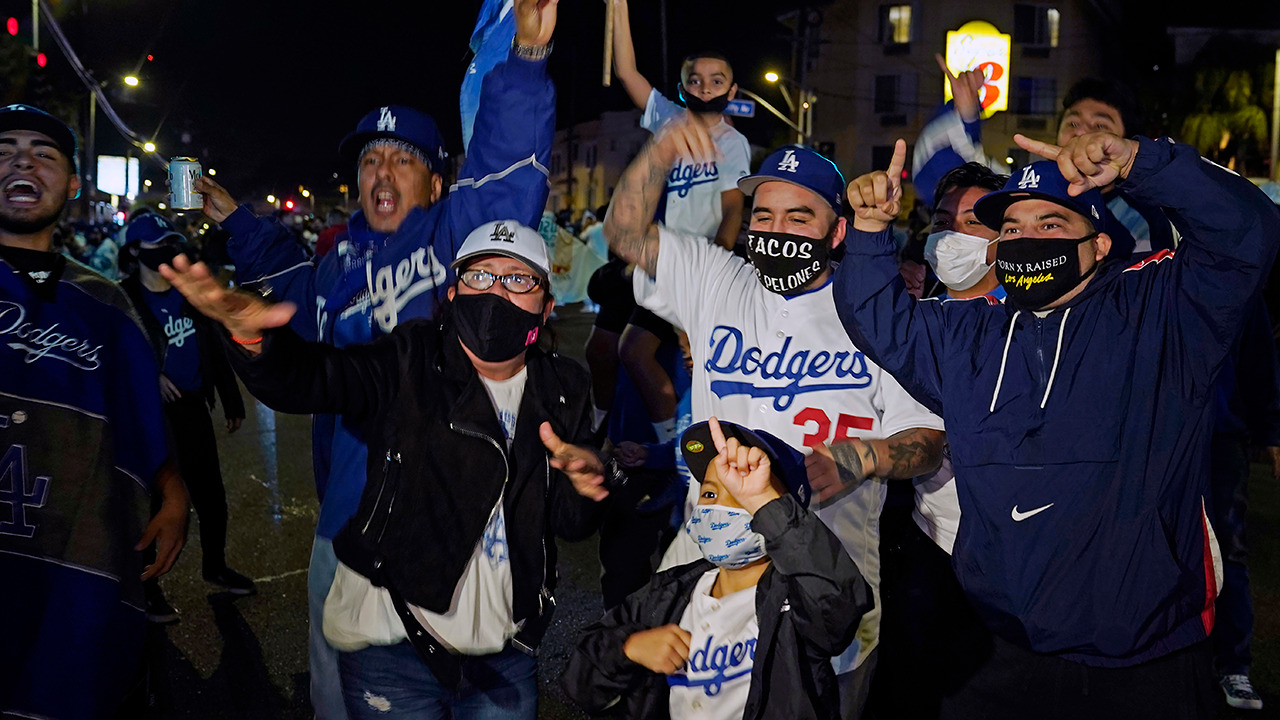 Dodgers ace Kershaw finally wins elusive World Series title