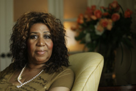 Singer Aretha Franklin dies at age 76