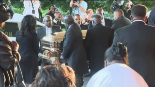 Star-studded Aretha Franklin funeral includes gold casket, pink Cadillacs