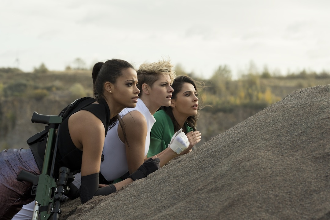 Mr. Movie: 'Charlie's Angels is a predictable mess