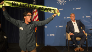 Immigration protesters disrupt Kevin McCarthy's Sacramento speech