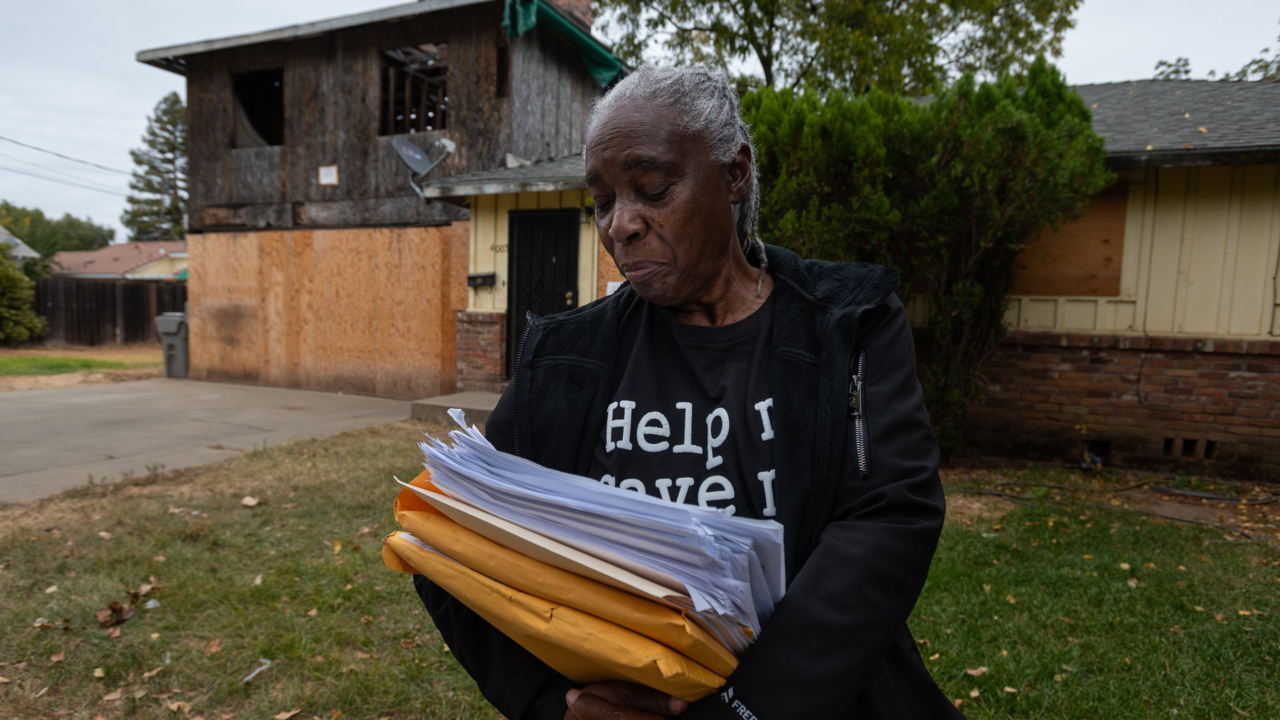 'I will have nothing.' Elderly Oak Park woman could lose home for unfinished construction