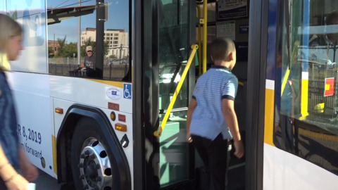 Sacramento youths can ride Sac RT buses and light rail for free starting today