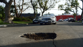 Here's the plan to save pizzas from potholes
