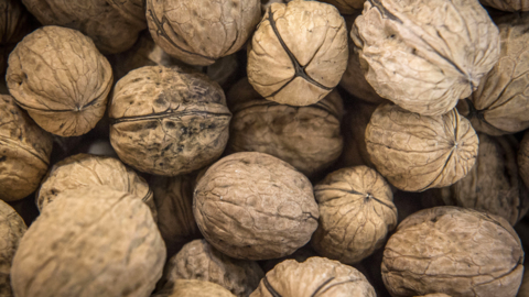 India has become major buyer of Modesto-area almonds, walnuts. It just hiked tariffs