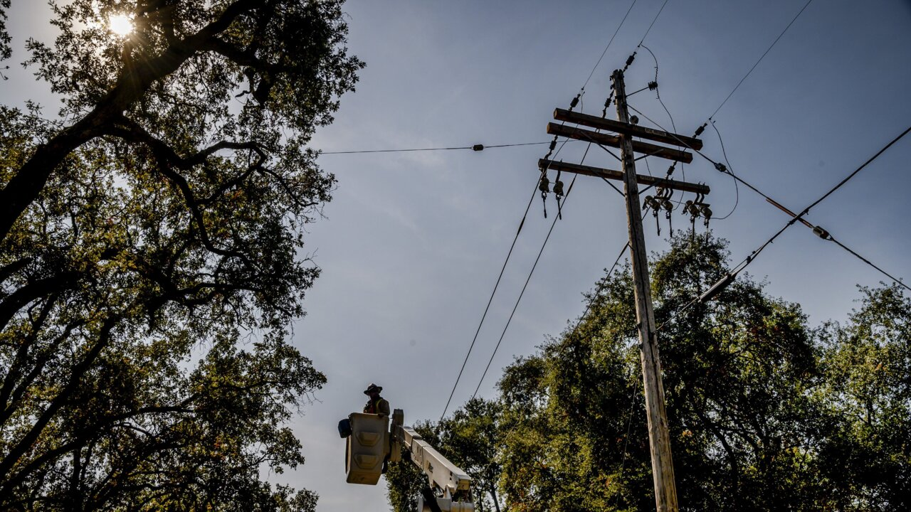 PG&E shutoff update: Power restored to 97% of customers in Northern, Central California