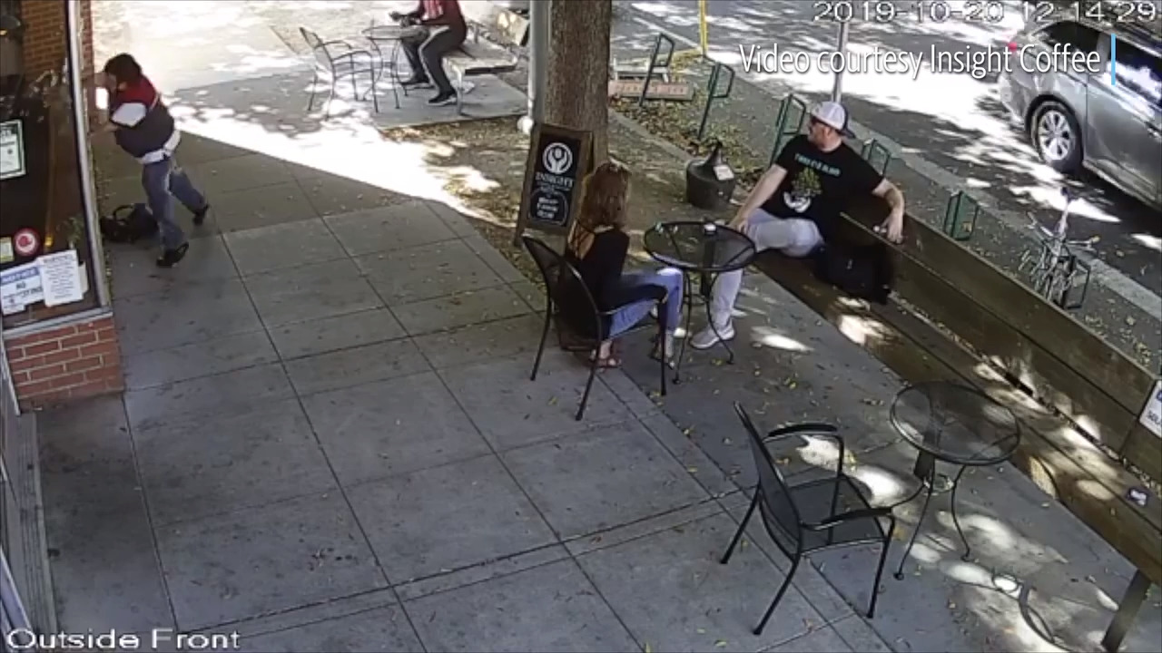Video shows man punch out windows at downtown Sacramento coffee shop, casually stroll away