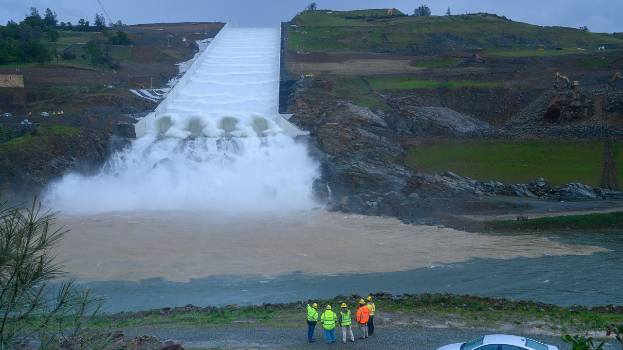 Oroville Dam spillway used for first time since evacuation
