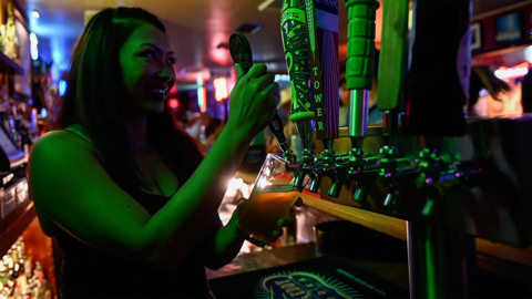 Friday night at the Hilltop, see inside a favorite East Sacramento watering hole