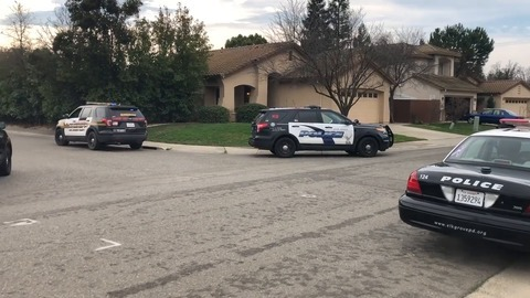 Manhunt for bank robbery suspect in Elk Grove ends with arrests, police say
