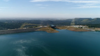 Here's what Lake Oroville and Oroville Dam look like as work begins on main spillway