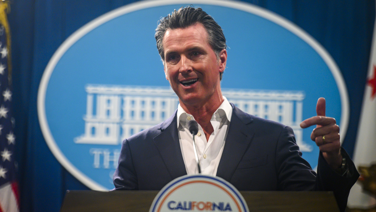 A bobble on vaccines tarnished Gavin Newsom's first legislative year, Capitol experts say
