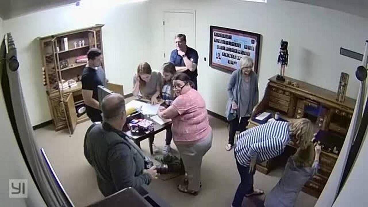 Roseville Puzzle Room Offers Help To Escape Trump S