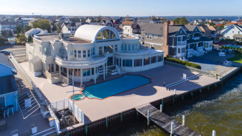 See Jersey Shore mansion Joe Pesci is selling as new film 'The Irishman' set for release