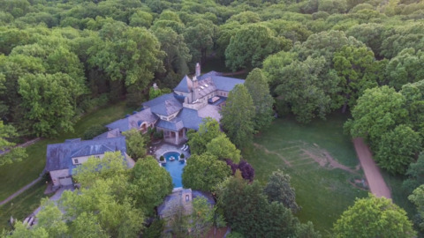 """See the mansion featured on TV show """"Nashville"""" up for sale"""