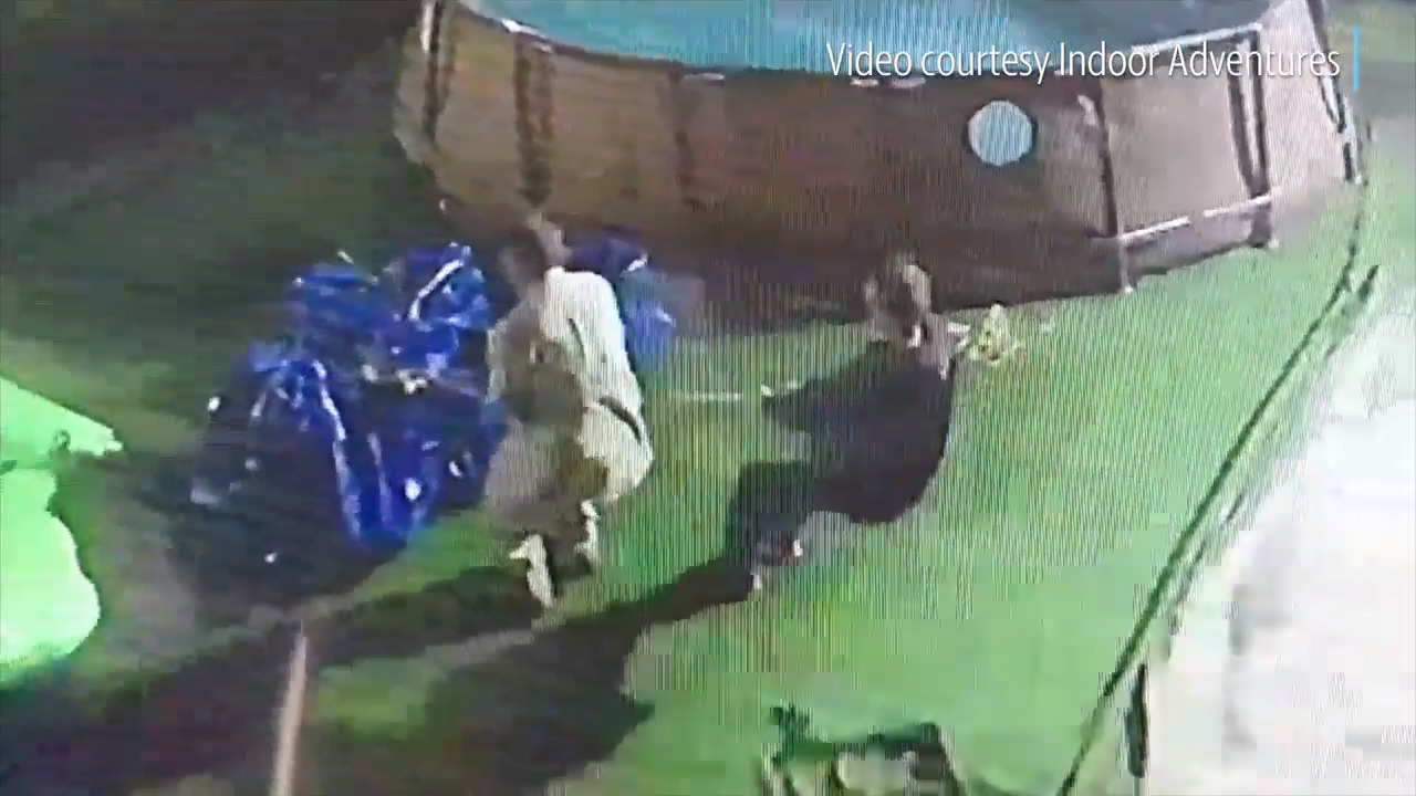 Watch two thieves steal inflatable children's water slide from Stockton entertainment venue