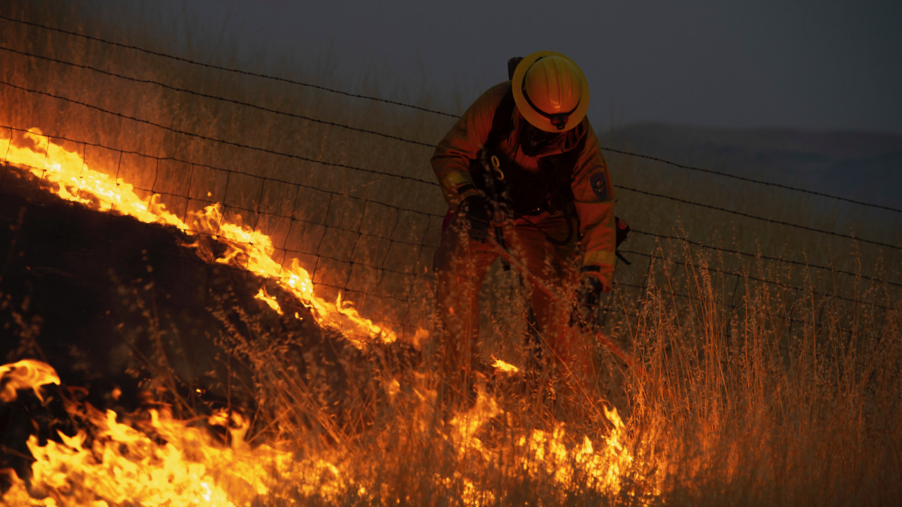 fire on sutter buttes grows to more than 1,000 acres | the