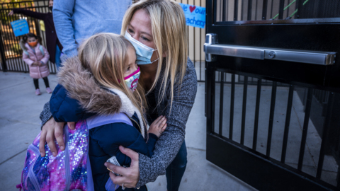 Schools in a large suburban Sacramento district reopen – even as COVID-19 cases surge