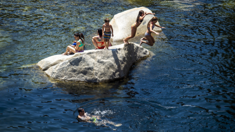 What Highway 49 Crossing looked like on hot weekend during coronavirus shutdown