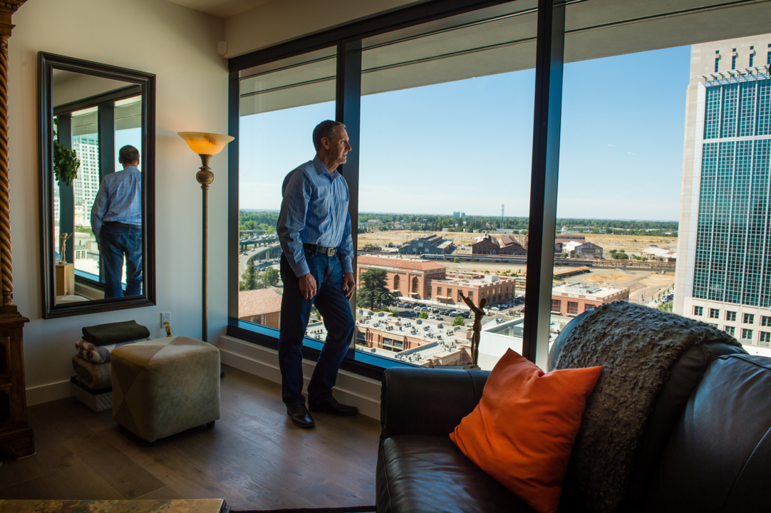 He just bought the $4.1 million penthouse at the Kings' downtown condo tower. Here's why