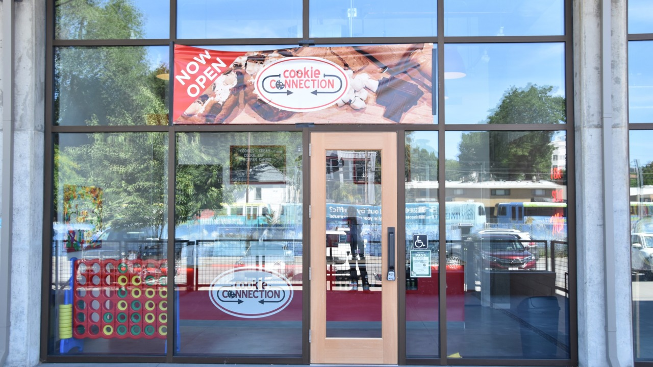 Crumbled again: Beleaguered Cookie Connection appears to be closed at the Ice Blocks