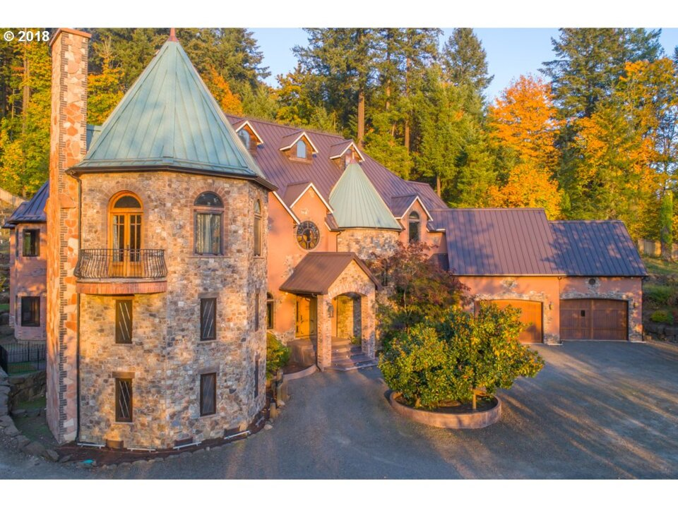 Oregon Castle Fit For Prince Harry And Meghan Markle For Sale The Sacramento Bee