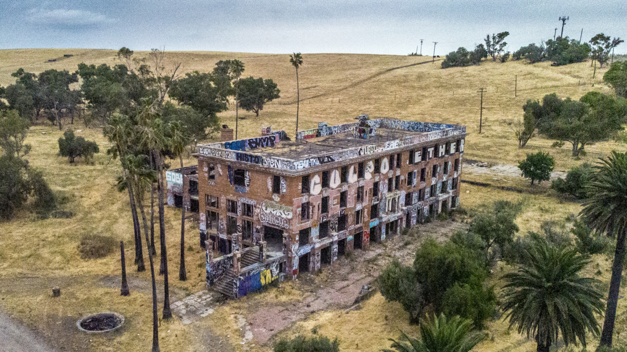 You asked, we answered: Abandoned Delta hotel once served as WWII interrogation center