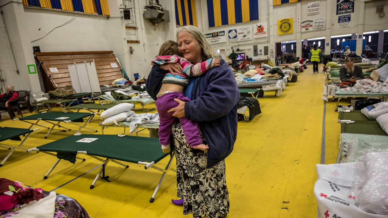 This is what a Camp Fire evacuation shelter looks like | The