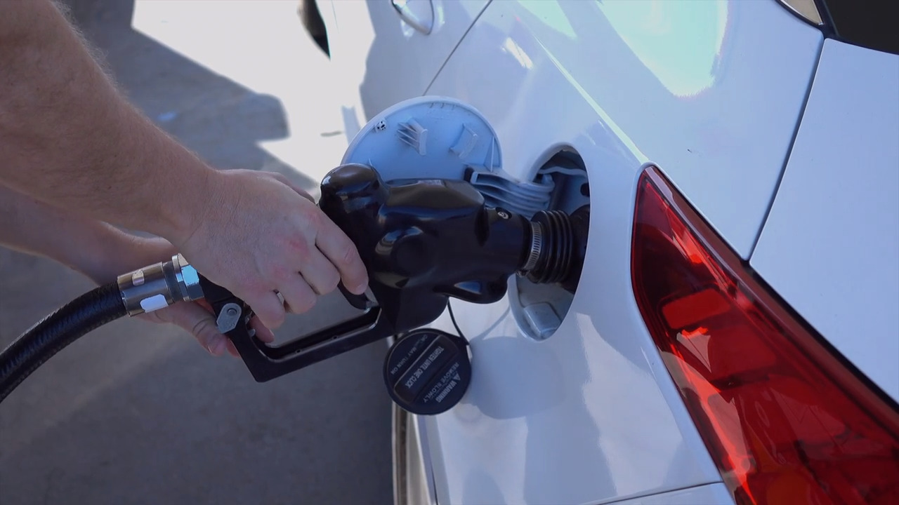 Good news for holiday travelers in the Carolinas: Gas is cheaper than last year