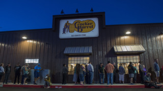 See 'em lining up for Cracker Barrel at crack of dawn in Sacramento