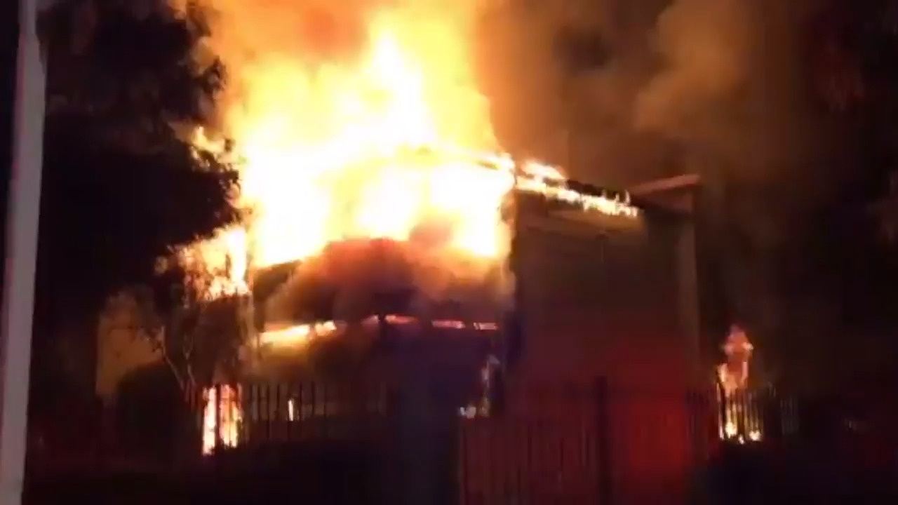 None injured after Natomas apartment building becomes engulfed in flames