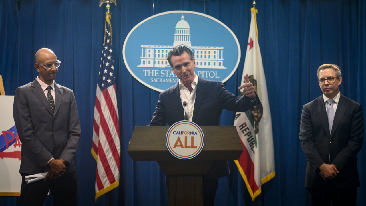 Trump takes bold action to ban deadly vaping, but California failed. Why?