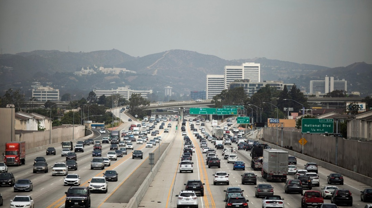 California files its 60th lawsuit against Trump. This time: Protecting state's clean-car rules