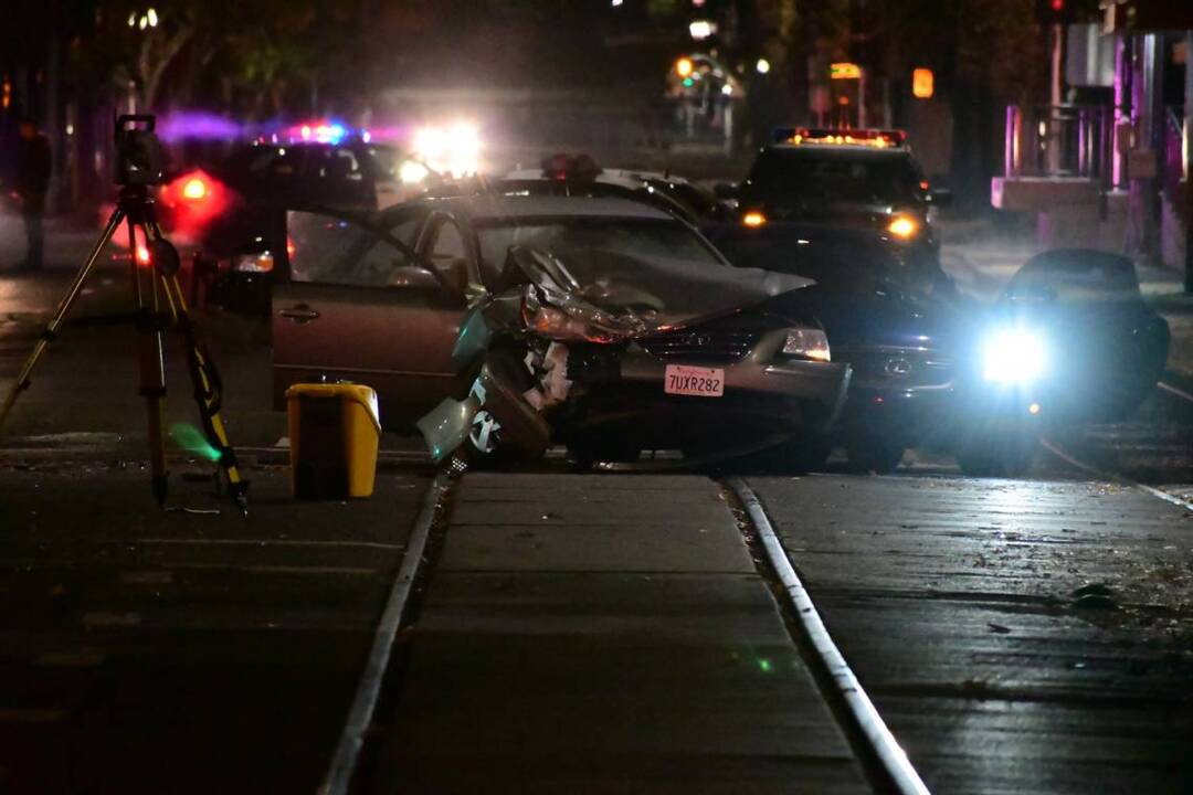 Scene of fatal three-car wreck in downtown Sacramento | Sierra Star